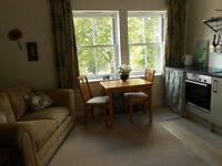 LUXURY TOP FLOOR FLAT TO LET IN YORK ROAD, SALISBURY, WILTSHIRE