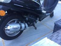 Lexmoto 49cc moped 2015
