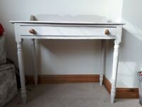 Desk - ideal for upcycle