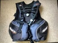 Beuchat Masterlift Sport BCD in fantastic condition Medium