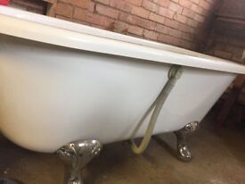 Never used freestanding bath