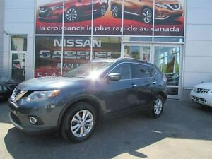 2014 Nissan Rogue SV AWD ONE OWNER/NEVER ACCIDENTED/MOONROOF PAC