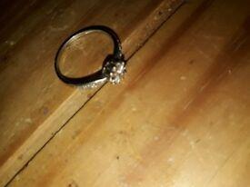 White gold diamond engagement ribg