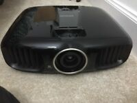 EPSON TW-6100 HOME CINEMA PROJECTOR.FULL HD/3D