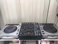 Pioneer Cdj's & mixer