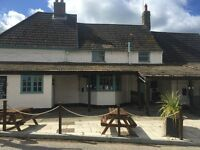 2ND CHEF REQUIRED FOR BUSY VILLAGE PUB- LIVE IN AVAILABLE