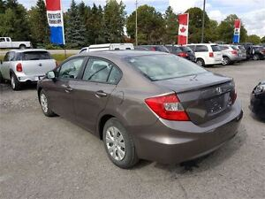2012 Honda Civic LX - Managers Special London Ontario image 8