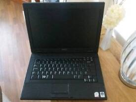 Dell laptop Windows 7 Memory 4GB, Hard Drive 160GB