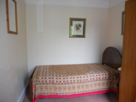 Single room available to rent, £130/per week(All bills inclusive) Cambridge