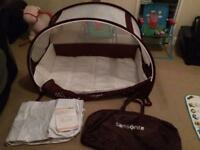 Samsonite bubble pop up travel Cot