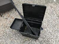 Fishing box and Whip pole 4M!
