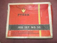 Vintage Pyrex Jug Set No. 33 Boxed 1960s/70s