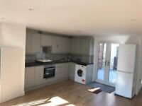 Gorgeous Two Bedroom Court Yard Mews House in Dulwich