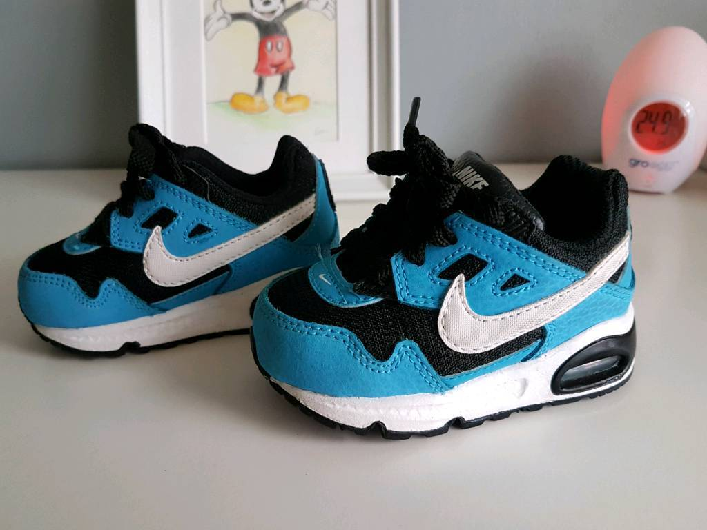 Nike Baby Trainers size 3 11a35cde85d8