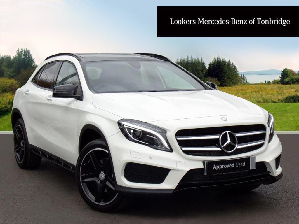 Mercedes benz gla class gla 220 d 4matic amg line premium for White mercedes benz 2017