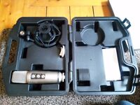 Rode NT2000 mic with cradle and case