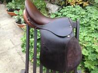 Excellent Stubben Siegfried Saddle 17""