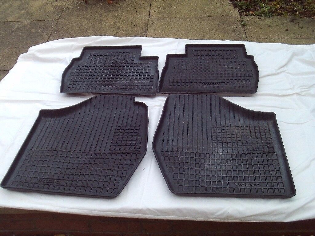 VOLVO - SET OF 4 Hard Plastic Floor/Snow Trays for 340 Series