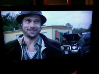 """CELCUS 32"""" TV"""