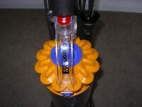 Dyson DC40, Current model, not used much and VERY clean, see pics