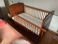 Gorgeous East Coast Angelina Cot Bed in rare Cocoa colour