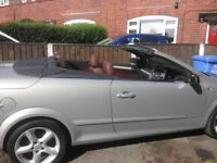 Vauxhall Astra twintop convertible low miles