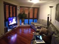 Stunning large luxury double room in Mavisbank Gardens