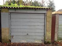 Single Garage for Let