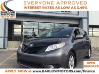 2013 Toyota Sienna V6 7 PASSENGER/LOW KMS/HEATED SEATS/LEATHER!!