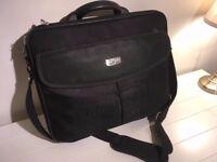 Antler Laptop Case 17.5 inch Black
