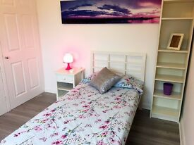 Cozy and Large Single Room in Newly Refurbished Flat for Lady/Girl EN8