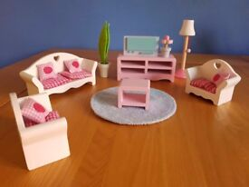 Rosebud wooden doll's house furniture - Living Room