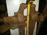 "Blacksmiths Vice 40"" high £60. cash on collection"