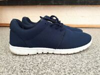 Men's Navy casual shoes size 9 (UK), 43 (EU)