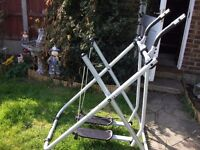 Gazelle Freestyle XL Air walker/ Cross trainer