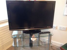 Panasonic 32 inch digital TV with freeview