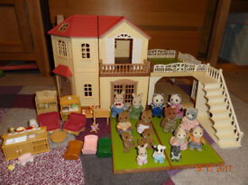Sylvanian Families House with Carport, Figures and Furniture