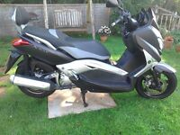 Xmax 250 sports scooter autamatic