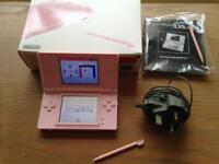 Nintendo ds lite pink + 4 boxed games