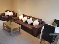 1 bedroom house in Blackwood Cottage, Leeds, LS17 (1 bed) (#1029785)