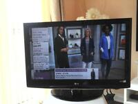 lg 37 ich tv lcd hd ready with remote control in good condition