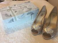 Rachel Simpson wedding shoes size 8