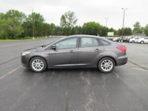 2015 Ford FOCUS SE FWD