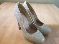 Gold glitter platform heels size 5