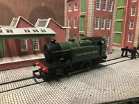 Hornby OO Gauge Southern Star 0-4-0 Locomotive
