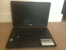 Acer Laptop – Excellent condition with charger and bag