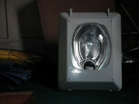 Large Outside Light100w SON Sodium Lighting Fitting. (As new) Weatherproof Die cast Alumiumium