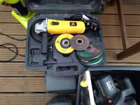 "JCB Angle Grinder Extra Discs 850w 4.5"" & Case Used"