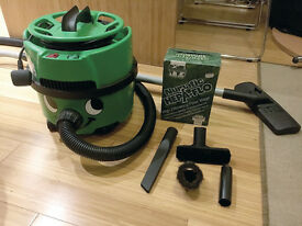 Henry Hoover - Eco Green - with bags and full accessories