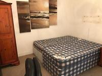 LARGE DOUBLE ROOM FOR RENT CHARMINSTER FREE WIFI